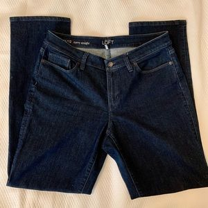 Ann taylor Loft curvy straight dark denim jeans